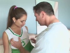 Brunette cheerleader Jynx Maze gives had and rides on top