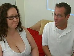 Pequeño - Jem Jewel's dirty mouth gets drilled by tiny cock