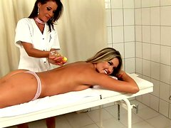 Relaxing massage for  body and pussy hole