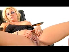 Girl on her Sybian squirts and orgasms
