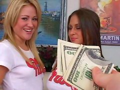 Rachel Roxxx and Sindee Jennings are sucking for cash