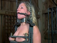 Horny BDSM slave Dia Zerva gets fixed in the dirty cellar