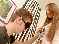 Pussy licking time with gorgeous slender babe Lindsey