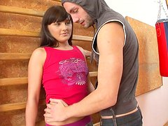 Sporty and bootylicious brunette Anstice sucks a tasty lollicock for sperm