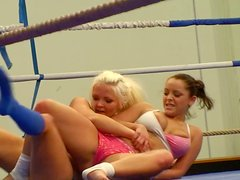 Well stacked Jenna Lovely  and Liza Del Sierra fighting in the ring