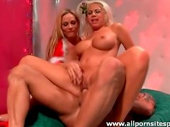 Blown by blondes in Christmas outfits in threesome