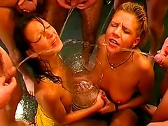 Chris,Jessy and Melanie Moon are sharing loads of urine