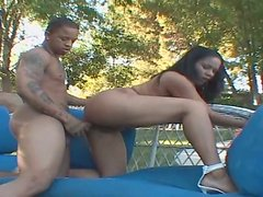 Bootylicious ebony whore Bonita Butterfly is banged brutally from behind
