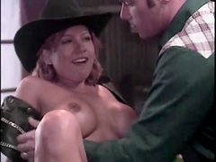 Cowboy goes down on a slutty girl in the bar