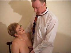 Mature pussy takes dick and cumshot