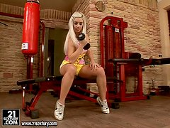 Personal trainer gives her a hot exercise