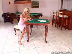Close up video with Alexa Weix masturbating on a poker table