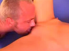 Short haired brunette gets her shaved pussy licked and repays with a blowjob