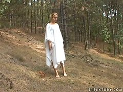 Forest stories with a kinky blondie Cherie