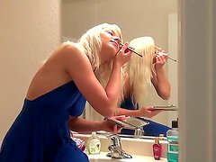 Amateur action with a passionate blonde whose name is Anikka Albrite