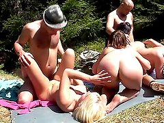 Foresters and easy dolls having Imbecilic team porn inside open air